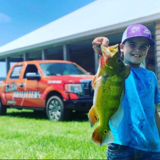 Down time is for the fishies 🐠 #claygullyoutfitters #summertime #floridalife #peacockbass #bassfishing #floridafishing #southflorida #fishing #freshwaterfishing
